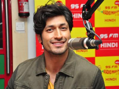 'Commando 2: The Black Money Trail' team visited Radio Mirchi 95 FM office in Hyderabad on Saturday. Hero Vidyut Jamwal and heroine Adah Sharma were promoting Commando 2.  - Sakshi Post