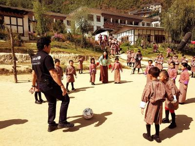 Master Blaster Sachin Tendulkar was seen enjoying a game of football with children in Bhutan.  To demonstrate cleanliness and hygiene,  the legendary cricketer also washed his hands as part of a campaign. - Sakshi Post
