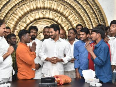 AP Fisherman  Freed From Pak Jail Meet & Thank CM YS Jagan  - Sakshi Post