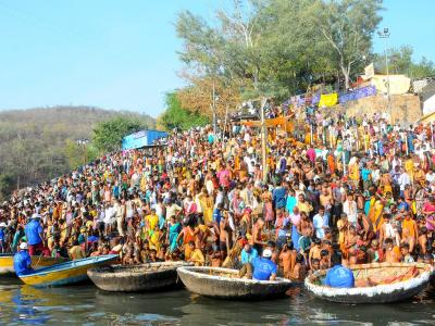 Lord Shiva Devotees Rush To Srisailam Temple - Sakshi Post