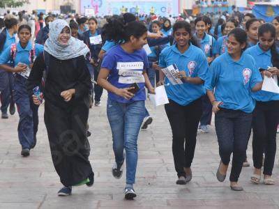 Hyderabad Police Organise ''SHE Run'' at Charminar Ahead Of Women's Day - Sakshi Post
