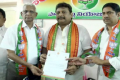 BJP Telugu states coordinator Purighalla Raghuram with others from the BJP cadre - Sakshi Post