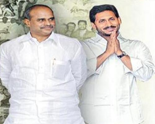 Clean sweep for YSR Congress Party  in Pulivendula panchayat elections 2021 - Sakshi Post