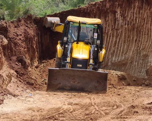 Illegal Red Mud Mining By TDP leaders In Chandragiri, Chittoor district - Sakshi Post