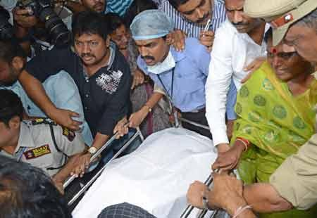 YSRCP mourns Sobha's death; Jagan, family to attend funeral - Sakshi Post