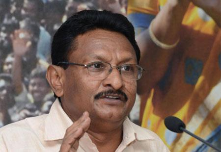 'YSRCP has nothing to do with KCR's comments' - Sakshi Post
