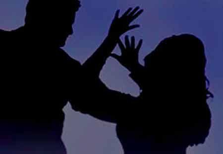 Cleaner tries to rape medical student in Jubilee Hills - Sakshi Post