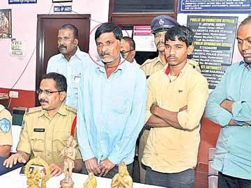 Facebook helps in unraveling temple theft - Sakshi Post
