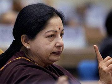 Comments Against 'Amma' Lands Conductor in Hospital - Sakshi Post