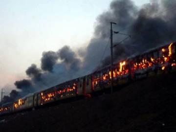 Kapu Protest: Ratnachal Express cancelled on February 3rd and 4th - Sakshi Post