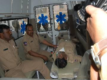 Narayankhed bypoll: Constable dies at polling booth - Sakshi Post