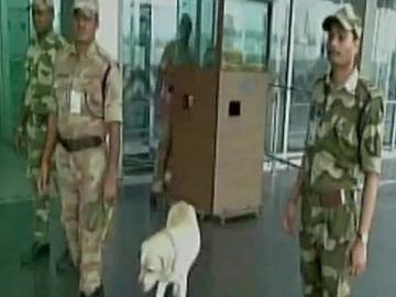 Threat to Blow Up Kolkata Airport in 24 Hours, Security Beefed Up - Sakshi Post