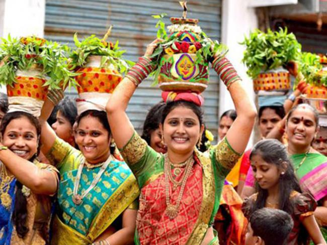 The devout were waiting in long queues at the temple since the early hours of Sunday for the idols's 'darshan'. - Sakshi Post