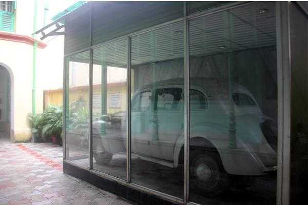 The 1937-makeSedan, housed in a glass enclosure on the ground floor of the Netaji Bhawan, the will receive a fresh lease of life. - Sakshi Post