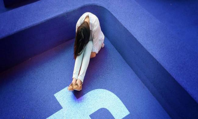 """The findings showed that increased use of Facebook was closely linked to """"compromised social, physical and psychological health"""" - Sakshi Post"""