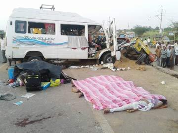 As many as five pilgrims were killed and eight others were severely injured when the minibus they were travelling in veered off the road and hit a stationary tractor at Khanagudur village. - Sakshi Post