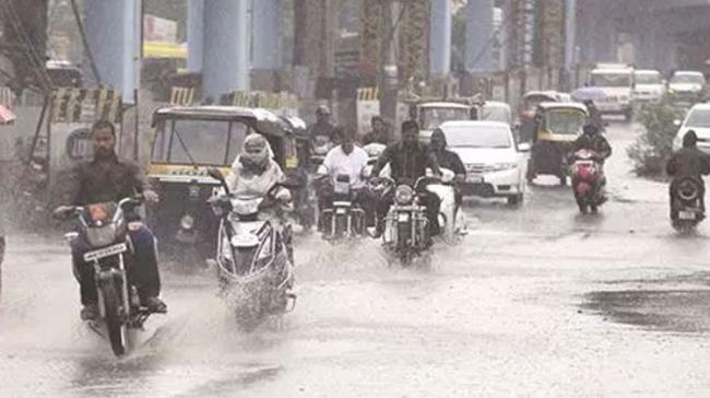 The India Meteorological Department, in its latest bulletin, said heavy to very heavy rainfall is likely at one or two places over the coastal regions during the next 24 hours. - Sakshi Post