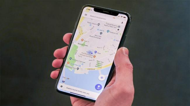 Google Maps provide turn-by-turn notifications for driving directions and now, the addition will make the app send a push notification when the user is approaching their stop - Sakshi Post