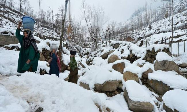 <br>The minimum temperature in Jammu city dropped to a minus 5.1 degrees Celsius on Sunday - Sakshi Post