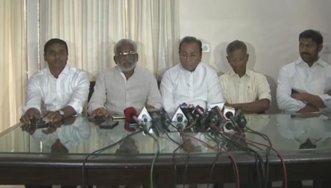 YSR Congress Party MPs in New Delhi - Sakshi Post