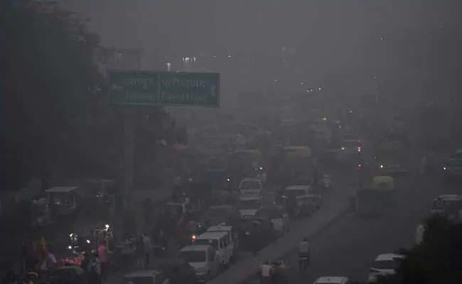 In November 2016 and 2017, the air pollution levels of Delhi crossed the severe level - Sakshi Post