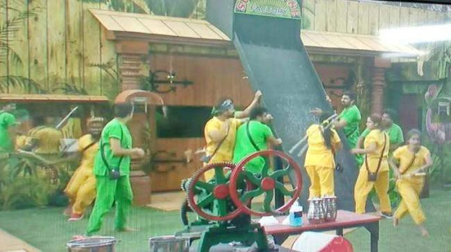 In the luxury budget task, the 15 contestants were divided into two groups yellow and green - Sakshi Post