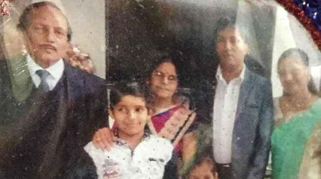The victims were Naresh Maheswari,  his parents, his wife and two of their children - Sakshi Post