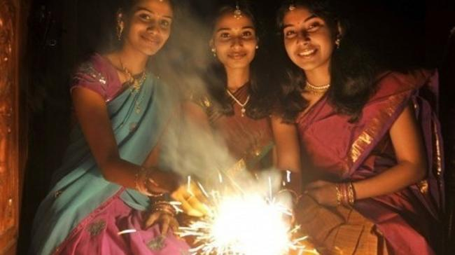 The city police Friday said they would allow bursting of fire-crackers between 8 pm and 10 pm for three days - Sakshi Post