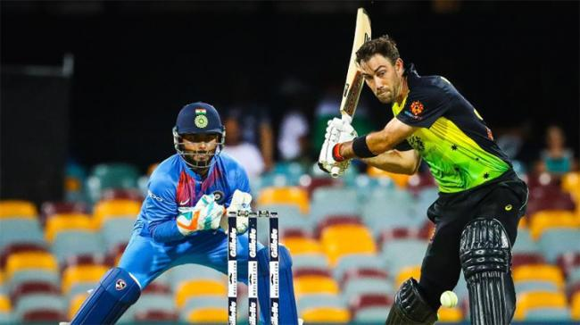 Glenn Maxwell was particularly aggressive against the finger-spin of Krunal Pandya - Sakshi Post
