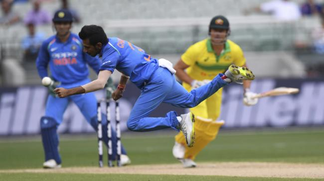 Australia All Out For 230 In 3rd ODI Against India - Sakshi Post
