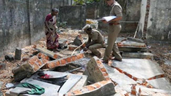 Baby Crushed To Death After Wall Collapses In Hyderabad - Sakshi Post