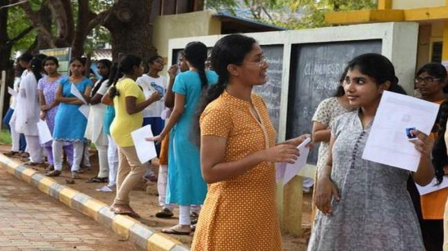 NEET Wrong Answers: Students Move Apex Court - Sakshi Post