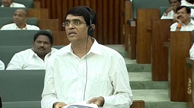 Finance Minister Bugguna Rajendranath Reddy accused the former TDP government of widespread corruption to the tune of Rs 400 crore in building Pattiseema Project - Sakshi Post
