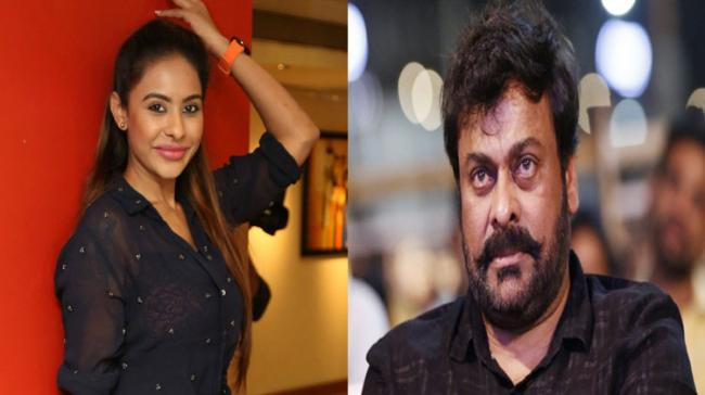 Sri Reddy Comments On Megastar Chiranjeevi And Ram Charan - Sakshi Post