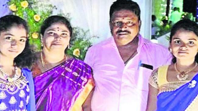 Upset over her husband's extramarital affair a 40-year-old woman committed suicide along with her two minor daughters Manasa (17) and Bhumika(15) - Sakshi Post
