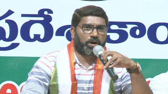 Sampath Kumar Slams Congress Leaders For Attending Pawan's All-Party Meet - Sakshi Post