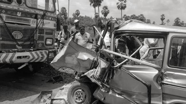 6 people were killed and 5 others were severely injured in an accident after a van hit a stationary lorry at Nallajarla in West Godavari district on Friday. - Sakshi Post