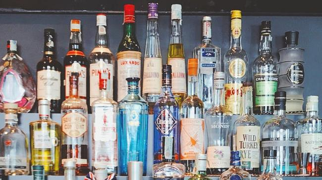 New Liquor Policy In AP To Begin From October 1  - Sakshi Post