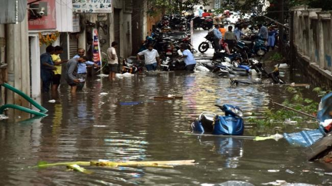 Heavy rains in Hyderabad - Sakshi Post