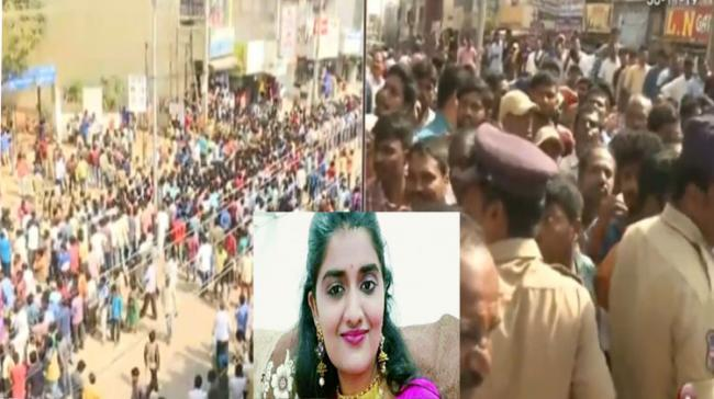 Locals Demand Encountering Accused In Priyanka Reddy Murder - Sakshi Post
