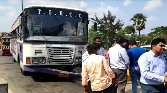 TSRTC Bus which had lost control - Sakshi Post