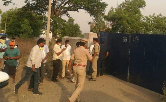 Police at the spot - Sakshi Post
