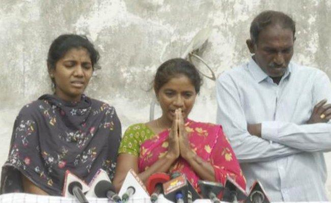 AP CM YS Jagan Immediately Responded And Supported Us: Mother of Guntur B-tech Student Killed on August 15th - Sakshi Post